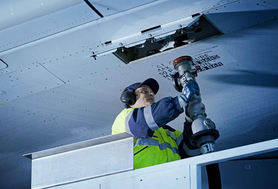 Neste_aviation_020916