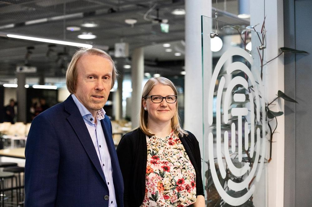 Health Capital Helsinki facilitates the commercialization of scientific research and increases the number of business ideas, startup companies and jobs. Christian Lardot and Kaisa Oksanen are working at the project office.