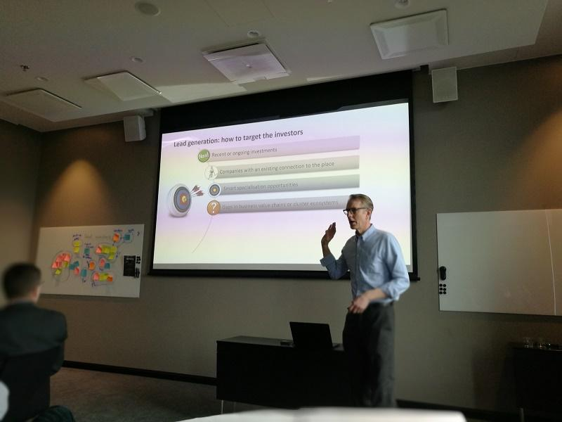 Mats Segerström from Future Place Leadership leads a workshop in Aviapolis, Vantaa to the Helsinki Ring of Industry on business attraction management in Spring, 2019.